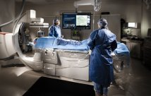La nueva tecnología de imágenes en el Hospital Centennial Hills ayuda a reducir la radiación y proporciona una colocación precisa de stents durante los procedimientos cardíacos